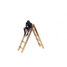 Статуэтка «Задумчивый человек на лестнице» 55RD2867