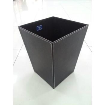 Корзина для мусора Koh-i-noor 2603BK